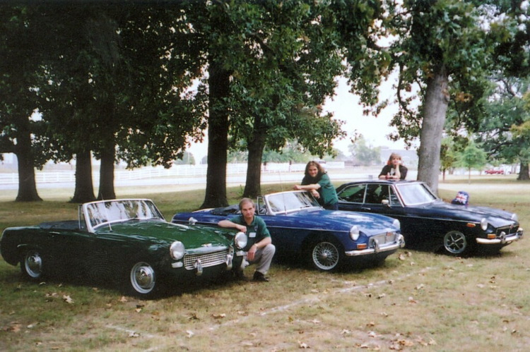 Larry, Colin and Cathy Roe with 65 Sprite, 68 MGB and 74MGB-GT